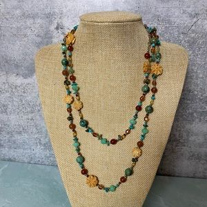 Gorgeous mixed stone carved flower layer necklace